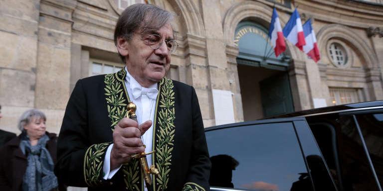 Alain Finkielkraut, le 28janvier 2016, à Paris. Le philosophe a utilisé le terme « non-souchien» pour désigner les Français issus de la diversité.