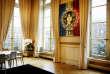 «La République est «indivisible» sans être «une» pour autant: vous me le copierez cent fois, monsieur le professeur!» (Au palais de l'Elysée).