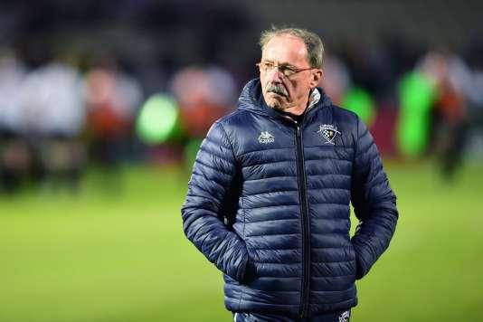 Jacques Brunel lors du match qui opposait Bordeaux-Bègles àBrive, au stade Chaban-Delmas de Bordeaux, le 25 novembre.