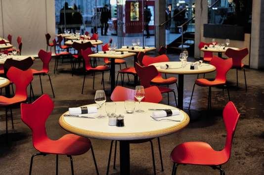 Le restaurant L'Etoile du Nord, du chef Thierry Marx, a ouvert ses portes en plein cœur de la gare du Nord, à Paris, en 2016.