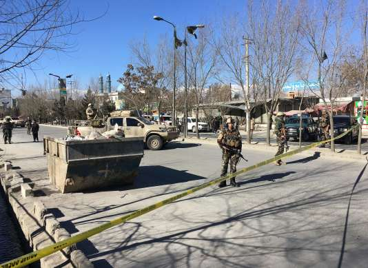 Selon les premières informations, l'Afghan Voice Agency a été visée dans cette attaque, la deuxième contre un média en deux mois dans la capitale afghane.