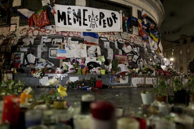 Place de la République, à Paris, après l'attentat contre «Charlie Hebdo», le 7janvier 2016.
