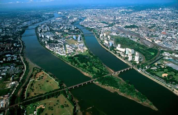 Nantes fait partie des pôles urbains qui, selon l'Insee, connaissent la plus forte progression de population entre 2010 et 2015.