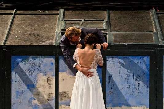 «Orfeo, je suis mort en Arcadie», d'après Monteverdi, par Jeanne Candel et Samuel Achache (Comédie de Valence)
