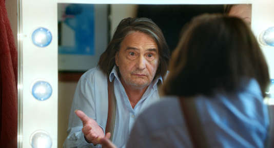 Jean-Pierre Léaud incarne Jean, un vieux comédien rattrapé par le passé.