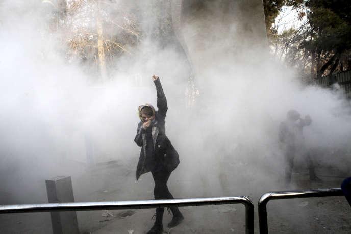 Lors d'une manifestation étudiante à Téhéran, le 30 décembre.