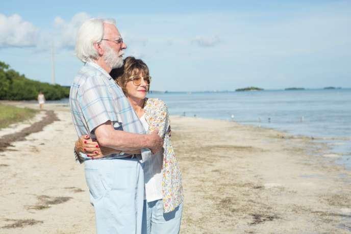 Donald Sutherland et Helen Mirren dans le film« L'échappée belle».