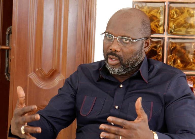 George Weah, président élu du Liberia, au cours de l'entretien qu'il a accordé à Reuters le 2 janvier 2018 à son domicile, à Monrovia.
