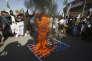 Des partisans de groupes religieux pakistanais manifestent contre les Etats-Unis, à Karachi, le 2 janvier.