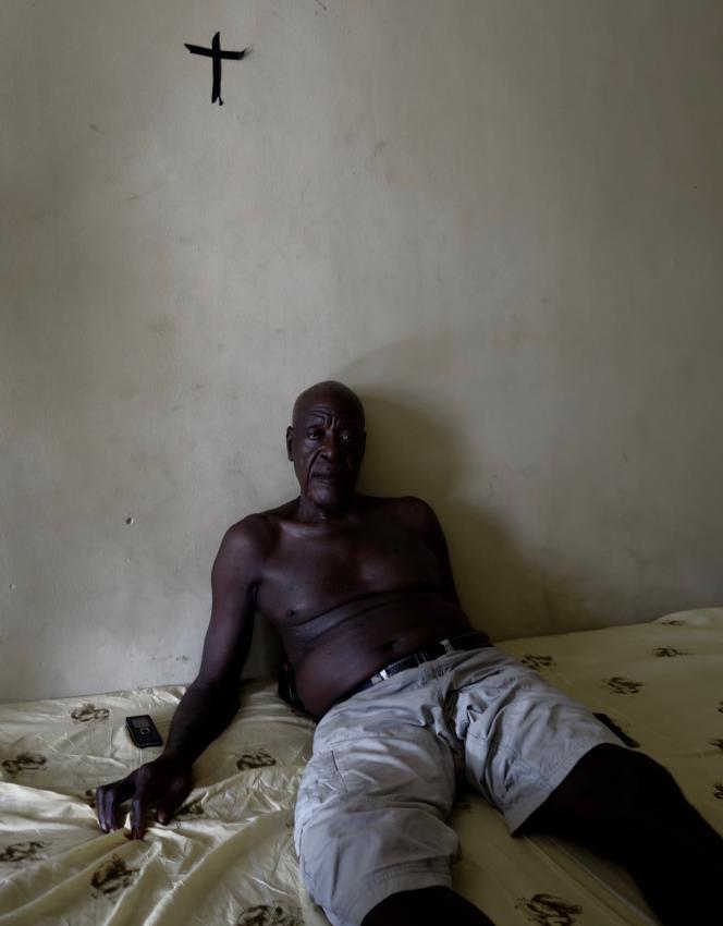 Camerounais anglophone, Patrick Obi-Ntui, 77 ans, a été policier durant trente ans. Il est désormais réfugié à Agbokim, au sud-est du Nigeria.