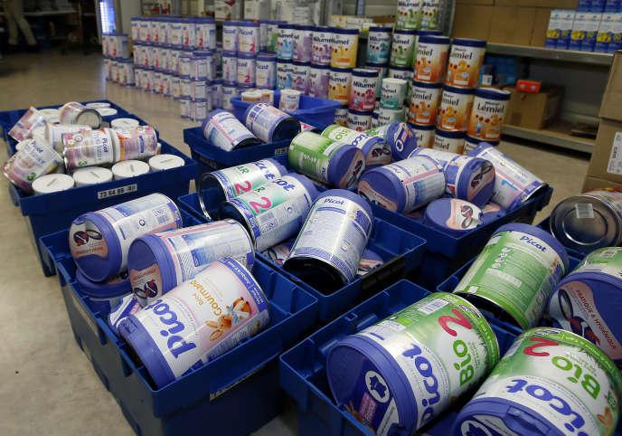 Des boîtes de lait infantile dans une pharmacie du sud de la France, le 11décembre2017.