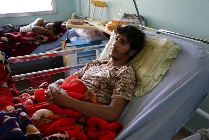 Ces soldats hospitalisés à Marib, en novembre 2017, ont été blessés lors d'affrontements avec les rebelles houthistes.