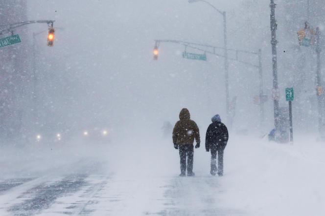 Beaucoup de régions ont accumulé jusqu'à 30 centimètres de neige. Ici àLong Branch, dans le New Jersey, le 4 janvier.