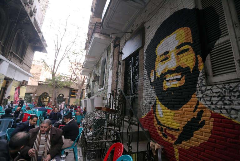 Une fresque représentant le foootballeur Mohamed Salah, surnommé le « Messi égyptien », au Caire, le 4 janvier 2018.