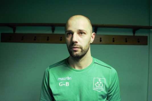 « Tout le monde disait que j'étais là grâce à mon père. » Benjamin Genghini, milieu du Sporting Club de Schiltigheim.