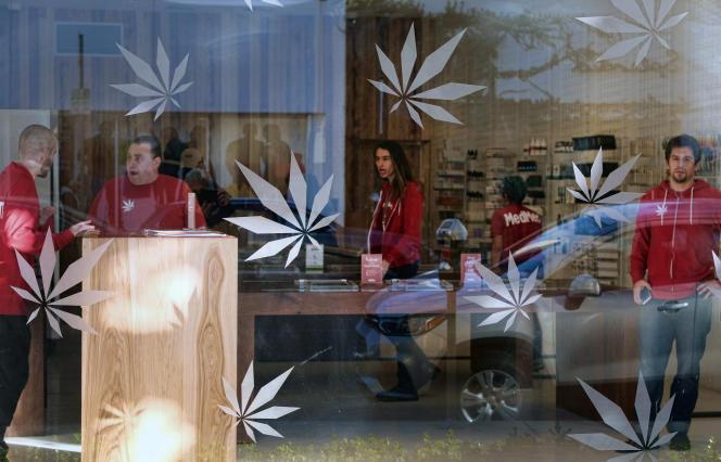 Un dispensaire de marijuana à Los Angeles, le 21 décembre 2017.