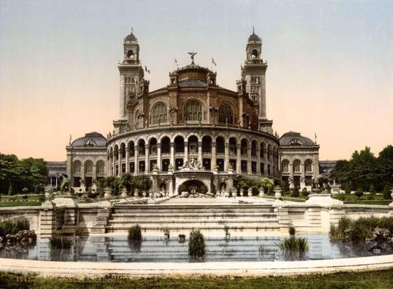 L'ancien palais du Trocadéro, qui abritait le Musée d'ethnographie.
