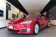 Une Tesla à Los Angeles.