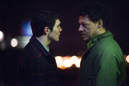 Jack Rowan (Sam), Richard Coyle (Peter)