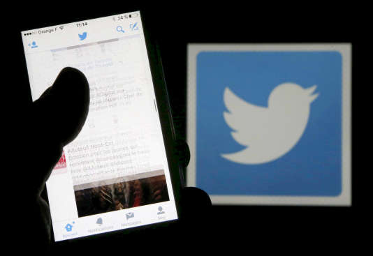 Twitter a affirmé le 5 janvier son refus de supprimer les comptes ou les messages des dirigeants politiques.
