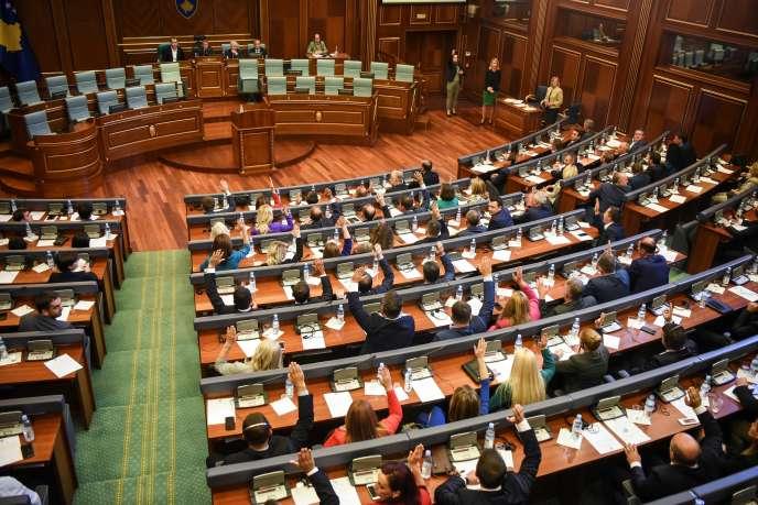 Election du nouveau président du Parlement kosovar,Kadri Veseli, le 7 septembre 2017 à Pristina.