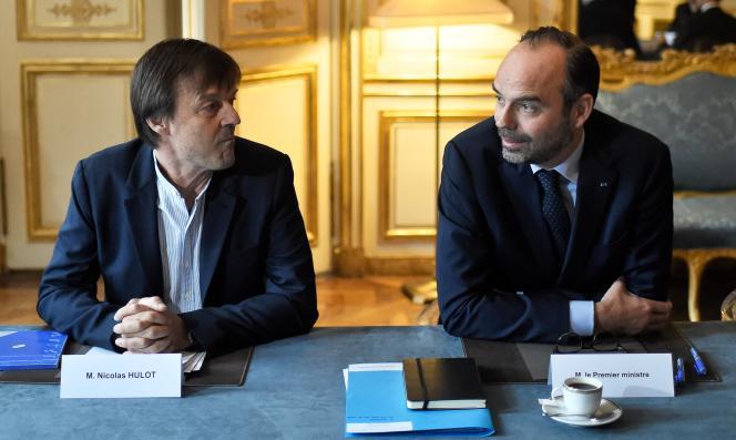 Le ministre de la transition écologique et solidaire Nicolas Hulot et le premier ministre Edouard Philippe, à Matignon, le 5 janvier.