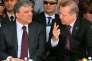 Recep Tayyip Erdogan (à droite), alors premier ministre, aux côtés d'Abdullah Gül, le 29 mai 2013 à Istanbul.