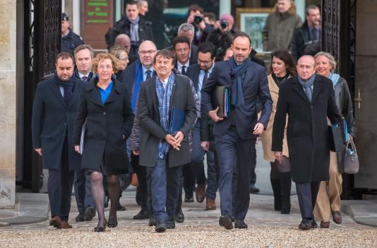 Edouard Philippe et son gouvernement arrivent au palais de l'Elysée pour participer aux traditionnels vœux au gouvernement, le 3janvier.
