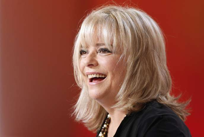 Le 30 octobre 2012, France Gall est l'invitée de l'émission télévisée «Le Grand journal» sur Canal+. La chanteuse est morte à l'âge de70ans, le 7janvier 2018.