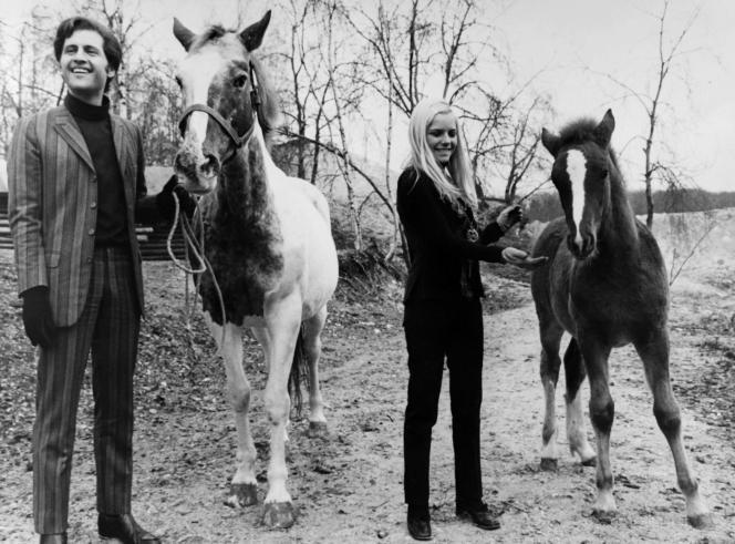 France Gall et Joe Dassin, en 1968.