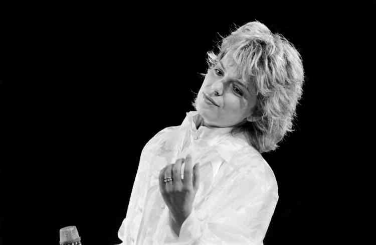 Entre 1980 et 1985, France Gall enchaîne les succès avec sesalbums«Paris», «France»et«Débranche !». Ici, en 1985à Bercy.