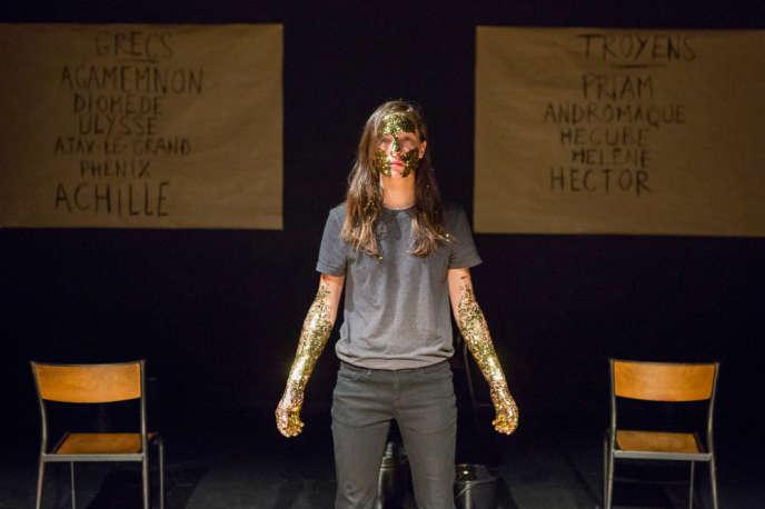 Charlotte van Bervesselès dans «Iliade/Odyssée», d'après Homère. Adaptation et mise en scène par Pauline Bayle.