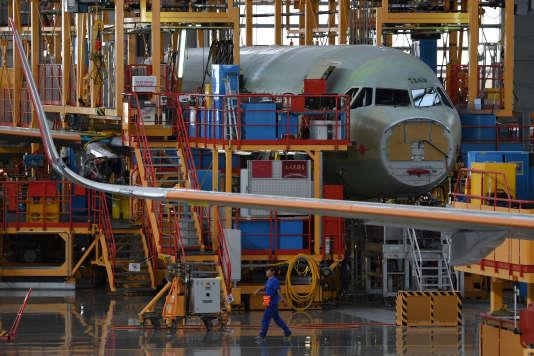 La ligne d'assemblage des A320 de l'usine Airbus de Tianjin, en Chine, en septembre.