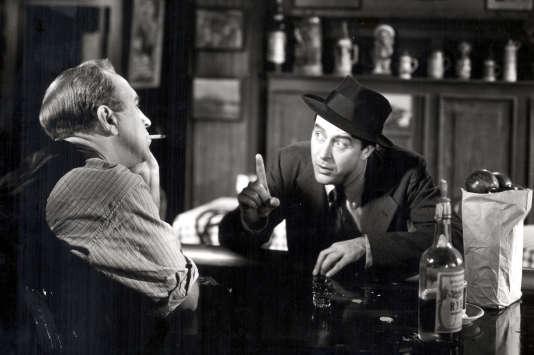 Don Birman (Ray Milland), un écrivain détraqué par le syndromede la page blanche.