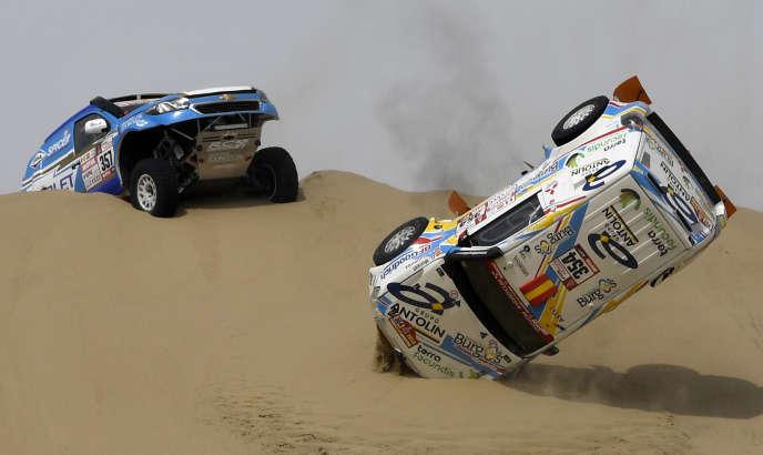 Accident lors de la première étape du Dakar 2018, entre Lima et Pisco, le 6 janvier.