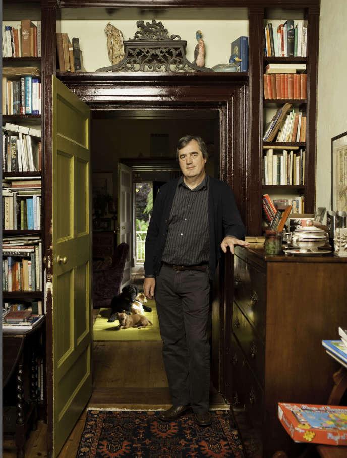 Sebastian Barry chez lui, en Irlande, en 2011.