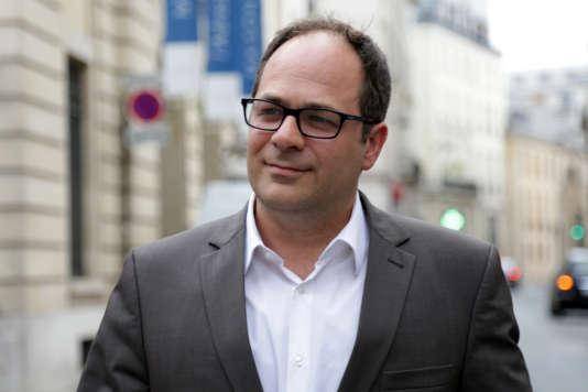 Emmanuel Maurel, qui se targue d'avoir maintenu le lien avec Jean-Luc Mélenchon, affirme ne pas partager le point de vue du chef de file des Insoumis.
