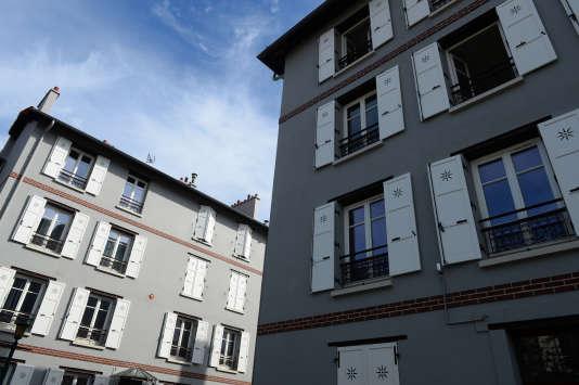 La Ruche, construite de 1892 à 1896 à Saint-Denis, a été la première réalisation d'Habitat à bon marché (HBM) en France.