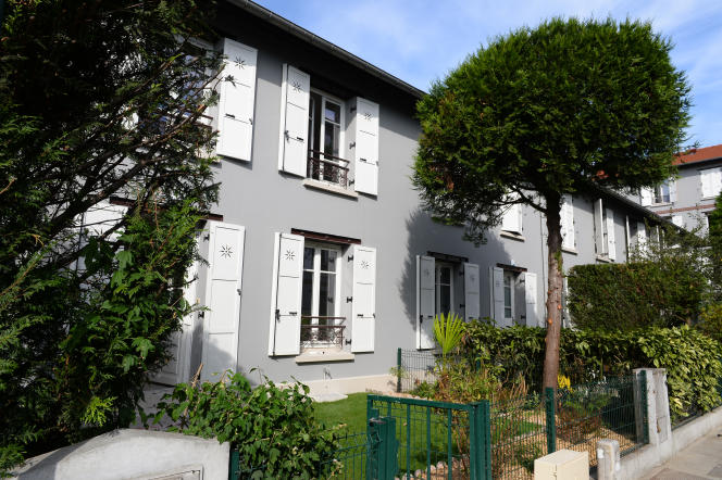 The social housing of La Ruche, in Saint-Denis, built at the end of the 19th century, was renovated in 2016.