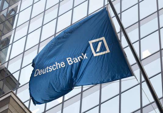 A la fin de 2016, Deutsche Bank a été condamnée à une amende de 7,3milliards de dollars pour son rôle dans la crise des « subprimes».
