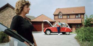 Près de 80 % des couples français, interrogés par le comparateur d'offres de location de voitures Happycar en juillet 2017, reconnaissent s'être déjà disputés en voiture.