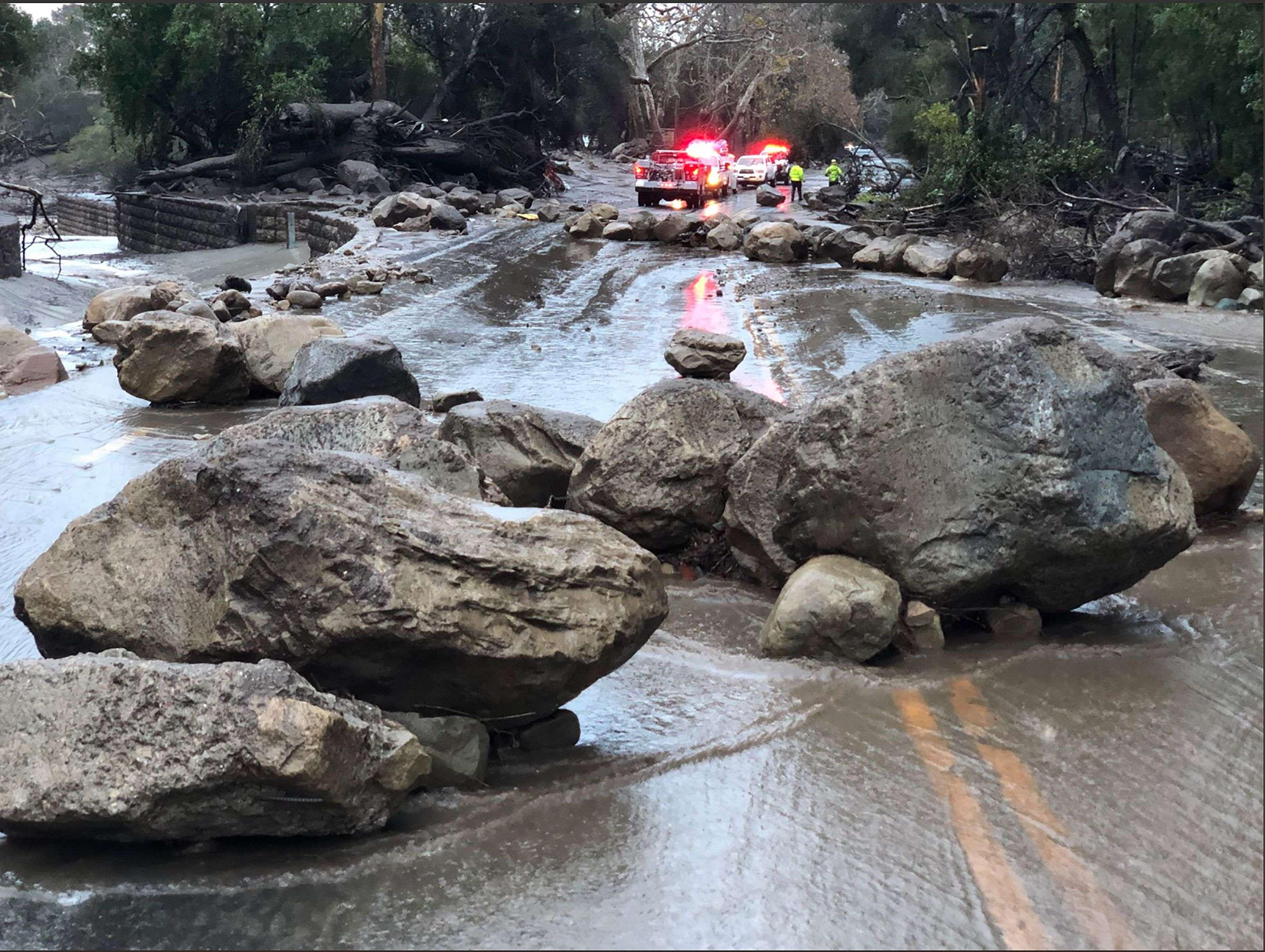 Les importants feux de forêt de décembre2017, les plus importants de l'histoire de la Californie, ont rendu la zone vulnérable aux coulées de boue.