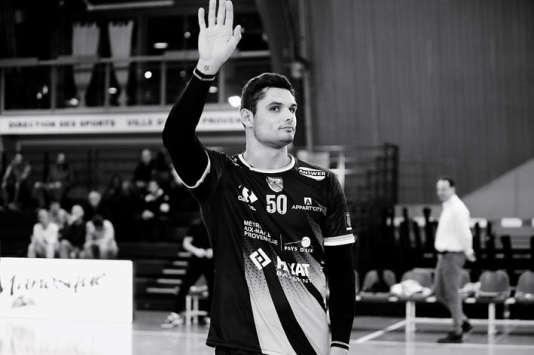 Le nageur Florent Manaudou joue aujourd'hui au handball... en équipe B.
