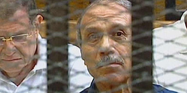 L'ex-ministre de l'intérieur Habib Al-Adly devant la cour criminel du Caire, le 3 août 2011.