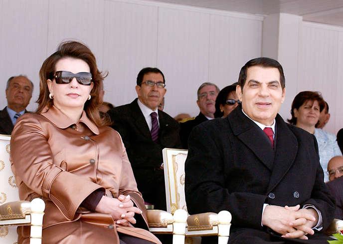 Zine El-Abidine Ben Ali et sa seconde épouse, Leïla Trabelsi, le 21mars 2006 à Tunis.