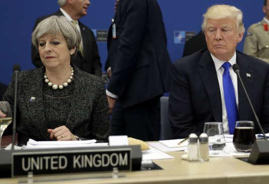 Donald Trump et Theresa, à Bruxelles, le 25 mai 2017.