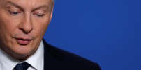 French Finance Minister Bruno Le Maire speaks during a news conference after a meeting about Lactalis baby milk contamination scandal at the Bercy Finance Ministry in Paris, France, January 12, 2018.   REUTERS/Gonzalo Fuentes