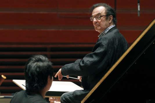 Charles Dutoit lors d'une répétition avec l'Orchestre de Philadelphie, en 2011.