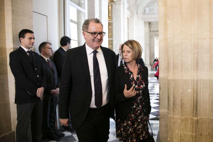 Brigitte Bourguignon, à la tête du sous-groupe de l'Assemblée nationalede La République en marche (LRM), et Richard Ferrand, présidentdugroupe LRM àl'Assemblée, le 15 novembre.
