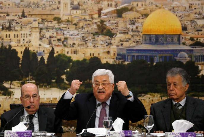 Le président de l'Autorité palestinienne, Mahmoud Abbas, durant le conseil national de l'Organisation de libération de la Palestine, à Ramallah, le 14 janvier.